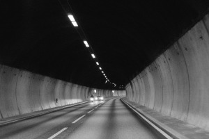 tunnel-926615_960_720